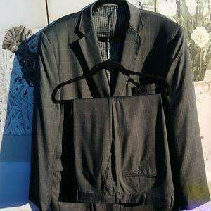 Joseph Abboud Suit Size 42L NWOT